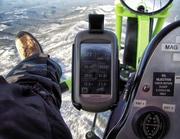 GARMIN OREGON 200t Handheld GPS Navigator / Hiking BUNDLE