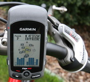 Garmin Edge 605 GPS-Enabled Cycle Computer BUNDLE With CITY MAP 2012