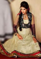 Get Bollywood Salwar Kameez Online With Best Prices UK